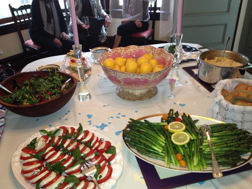 bridal-shower-food-ideas-salad-mozzerella-fresh-fruit-yum-platter-buffet-style