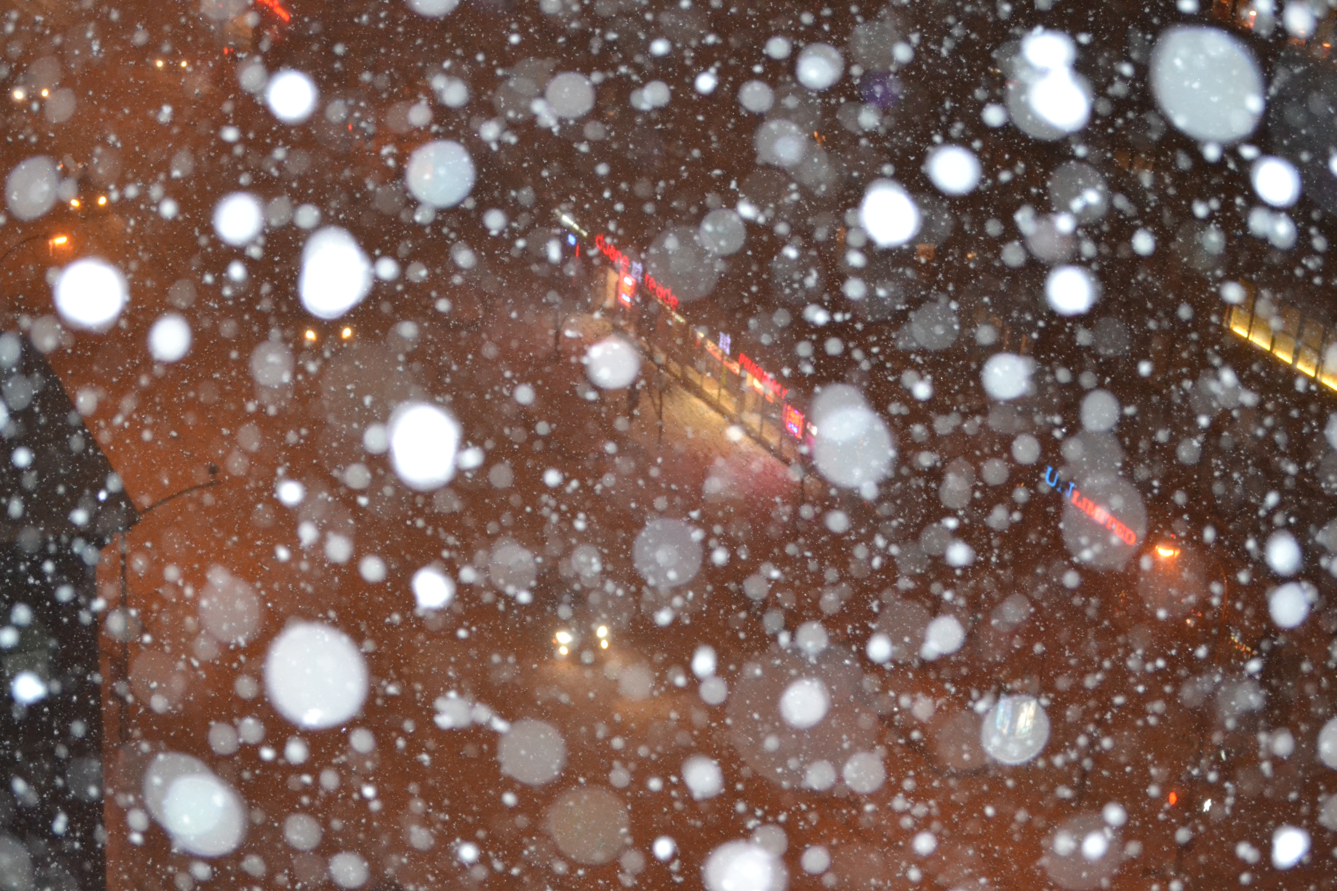 new-york-city-engagement-nyc-in-the-snow