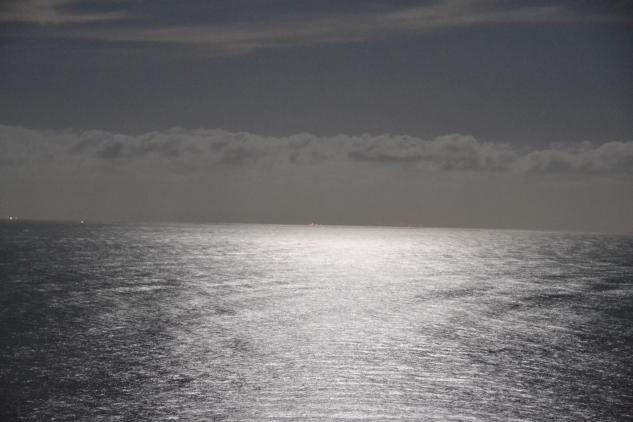 moon-over-the-water-il-pellicano-italy-honeymoon-ideas