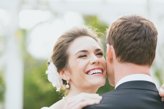 Invisalign-WEDDING-bride-smile